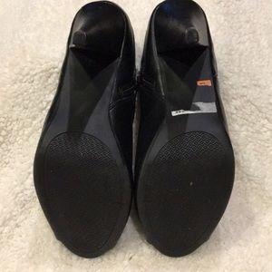 Report Shoes - Black Peep toe platform Bootie